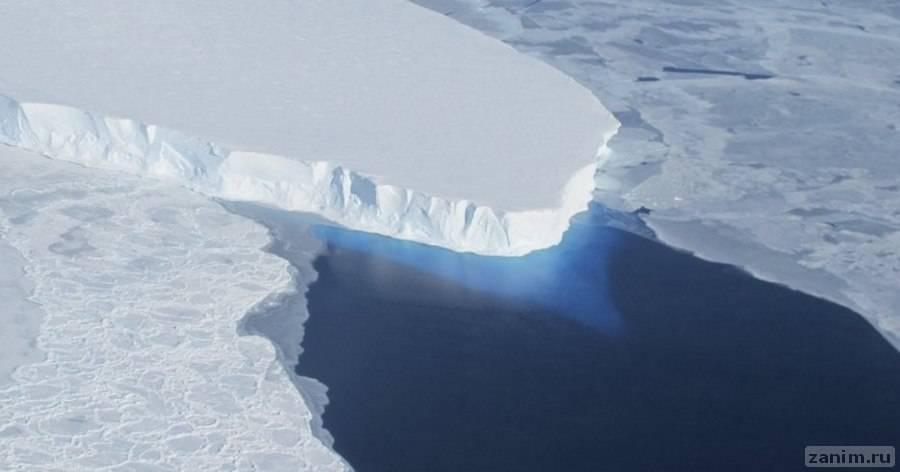 Под антарктическим ледником найдена обширная пустота
