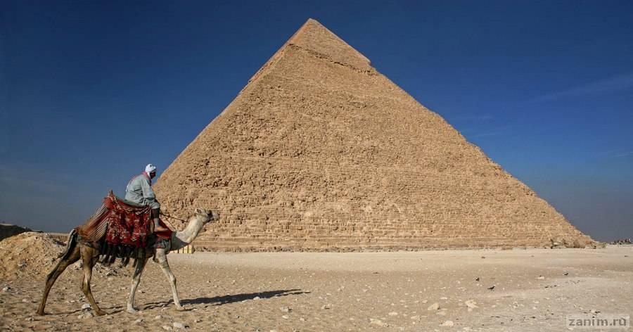 Черные копатели нашли неизвестную гробницу рядом с пирамидой Хеопса