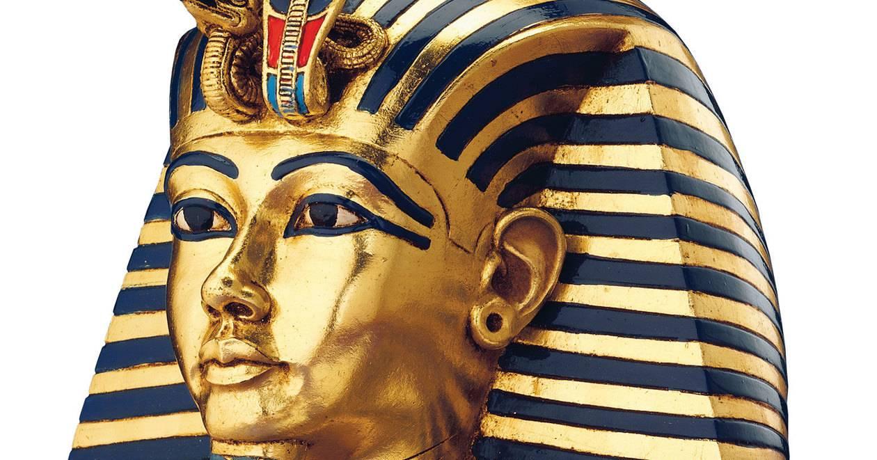 Тутанхамон был оттерт от престола старшими сестрами