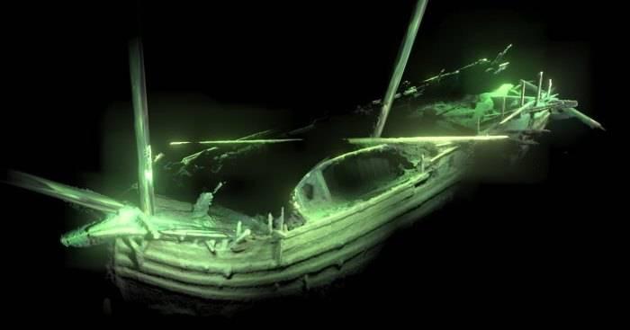На дне Балтийского моря найден старинный 500-летний корабль